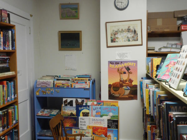 Cornwall Vermont library children area before renovation 3
